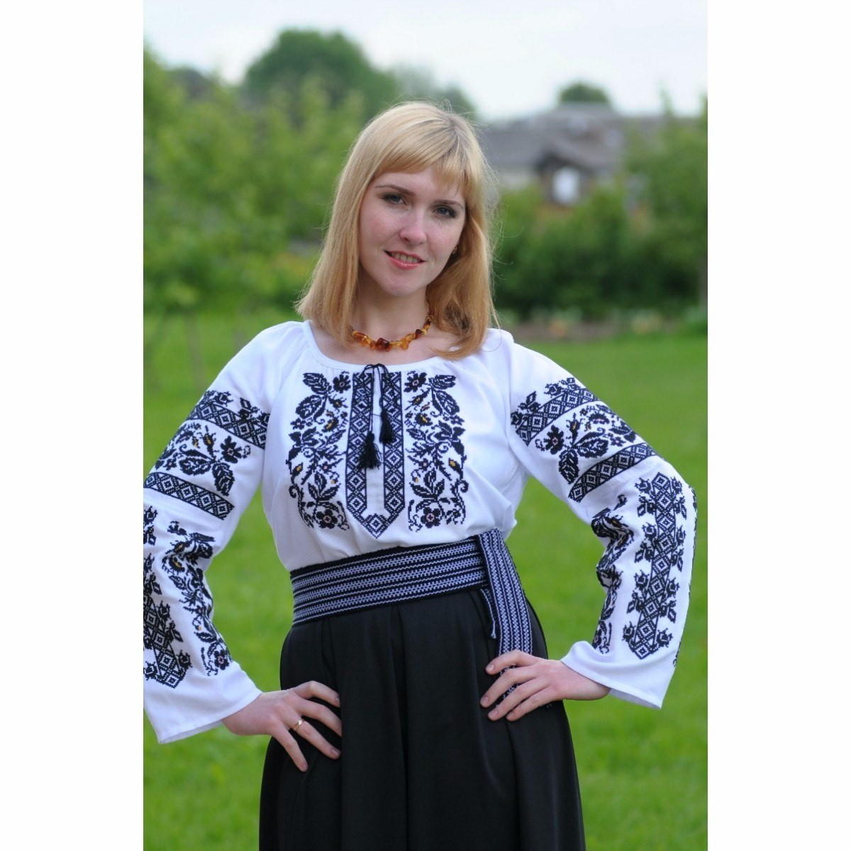 blusa bordado ucraniano vishivanka importada de kiev. Cargando zoom. bc131f80cc64c