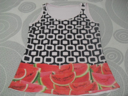 blusa cetim com estampa de frutas - tam p  -  novo