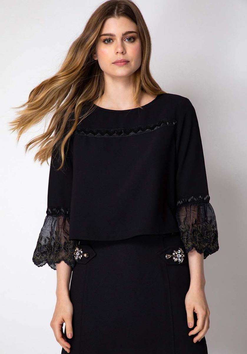 dc389e162 Blusa Clássica Renda Bordado Cropped Lança Perfume - R$ 270,00 em ...