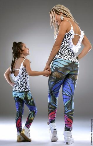 blusa com estampa de onça e babado nas costas - filha