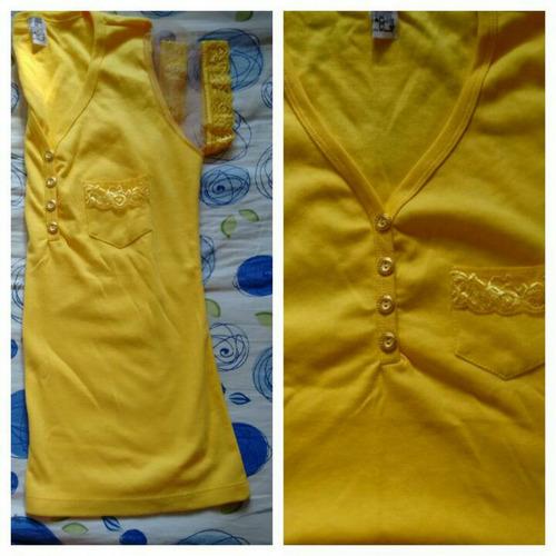 blusa com tule e renda nas mangas