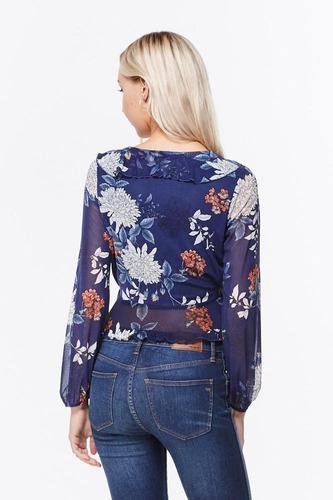 blusa cruzada manga volantes en mesh