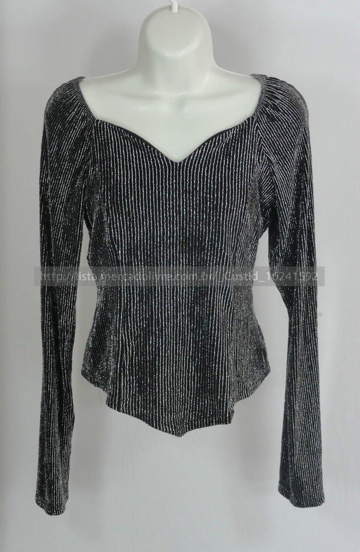 3c11b980d5 blusa de festa manga longa preta com fio metalico - tam m. Carregando zoom.
