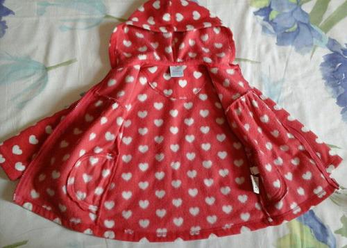 blusa de frio felpuda vermelha com corações para crianças