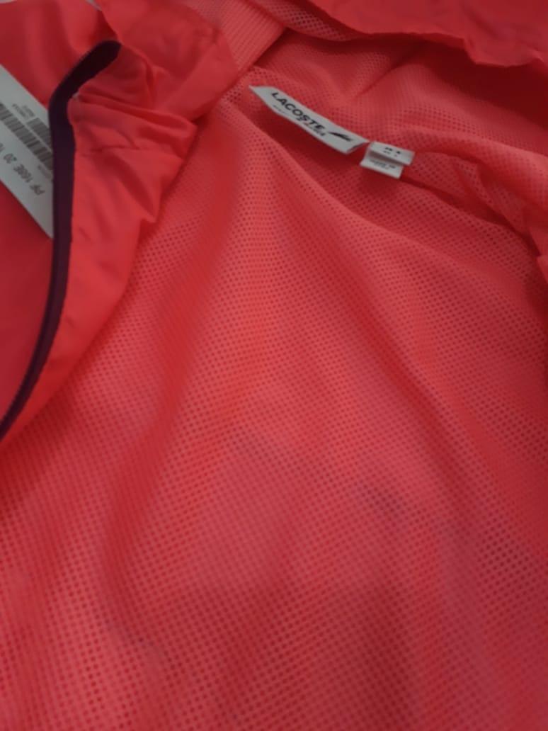 Blusa De Frio Feminina Lacoste Com Capuz Importada Peruana - R  169 ... 4978d5bfb1