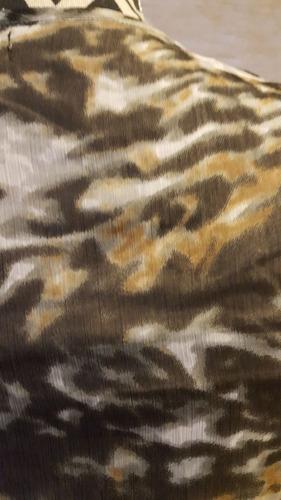 blusa de gasa animal print negra