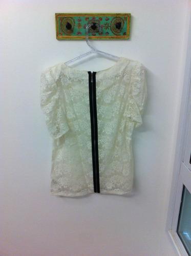 blusa de renda forever 21