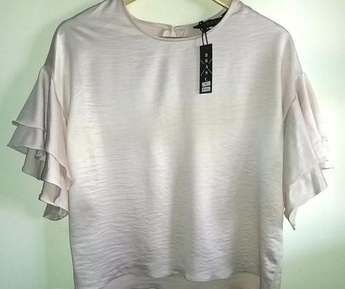 blusa de satén strech c/ volado doble en manga