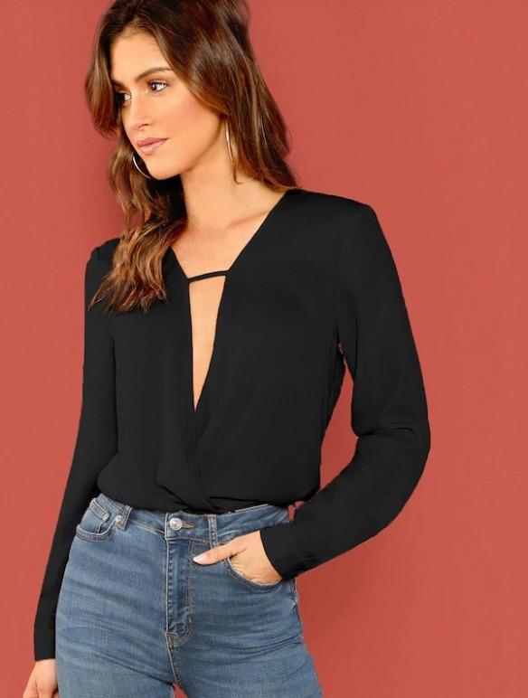2c7d4e114a5 Blusa Elegante Con Cuello V Color Negro A107 -   450.00 en Mercado Libre