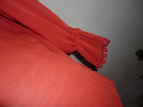 blusa em chifon c/ lindos detalhes