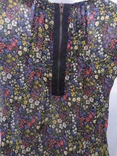 blusa estampada de flores marca xxi talla s su7
