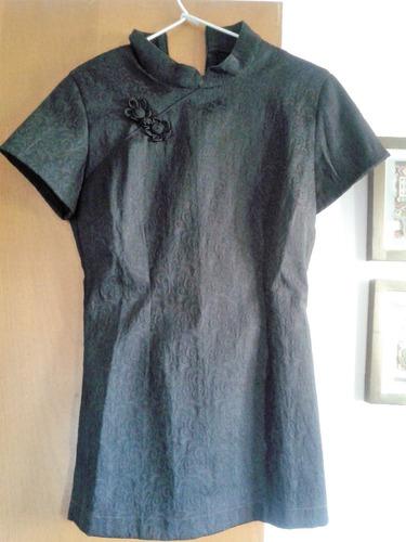 blusa estilo japonesa cuello mao con alamar negra talle 44
