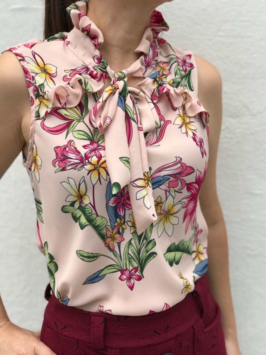 8eb68e4bcb blusa evangelica roupa feminina estampa floral verao 2019. Carregando zoom.