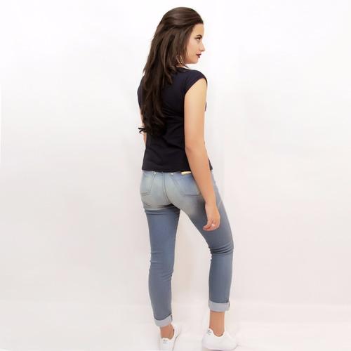 blusa feminina de tecido  estampa solar