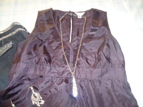 blusa fina color purpura oscuro