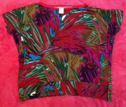 blusa floriada - tam: g - c.358