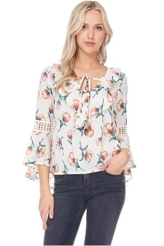 blusa manga campana con volantes estampado floral