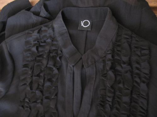 blusa marca io  -  camisa negra