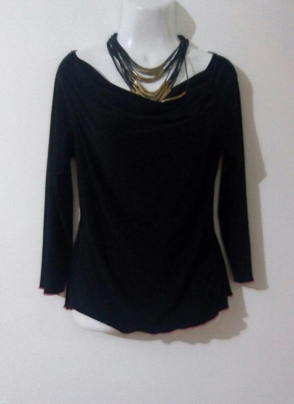 14f27ab099a4b Blusa Negra Básica -   260.00 en Mercado Libre