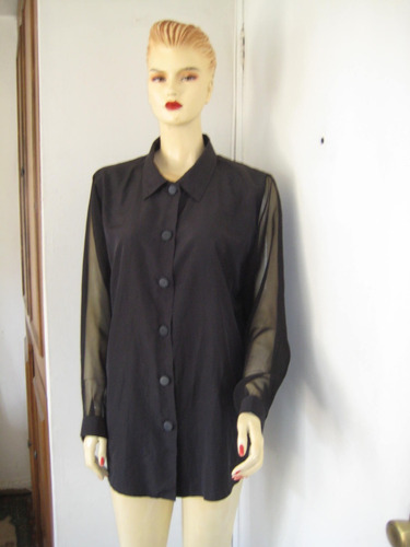 blusa negra seda con mangas gasa transparente, talla m/ l