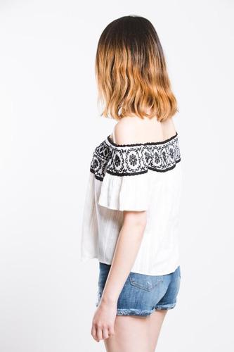 blusa off shoulder