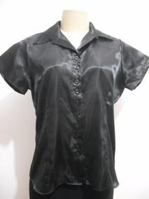 3c5429e9d7 Blusa De Cetim Preto Com Fivela No Pescoço Manga Curta - Camisetas e ...