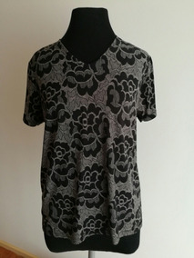 ed2e7c14ff68 Blusa Remera Camisa Negra Mujer Seda Fría Talle M. Impecable