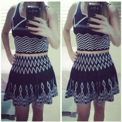blusa + saia cropped estampa etnica blogueira frete gratis