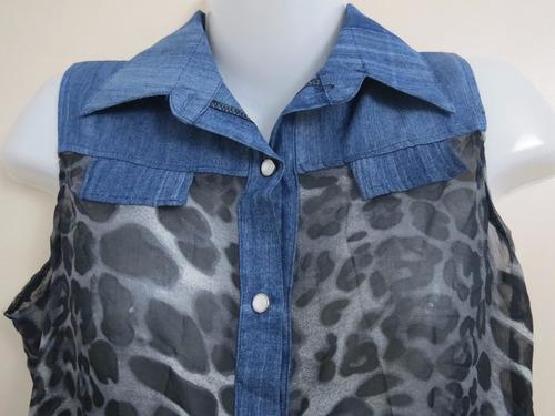blusa sin mangas en gasa y tela jean.