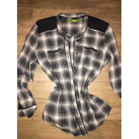 5ec9aa464f65 Camisa Blusa Raso Blanca Con Detalles Negros - Ropa y Accesorios en ...