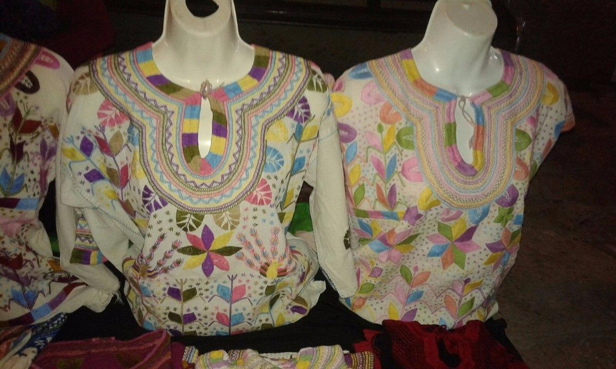 Blusas Artesanales Bordadas A Mano En Chiapas Mod
