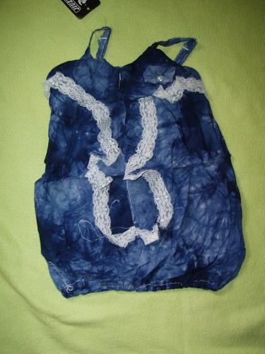 bluza musculosa muy femenina de niña.2 colores.2 a 5 años