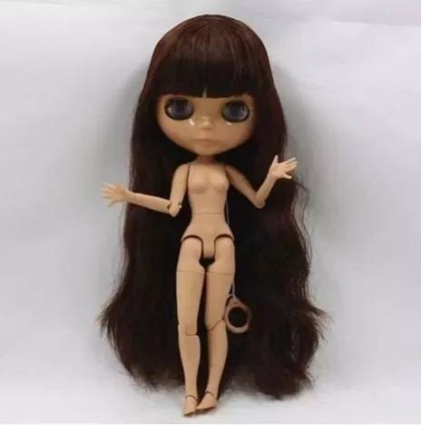 blythe doll cabelos castanhos levemente cacheados articulada