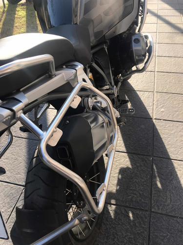 bmw 1200 adventur triple blak