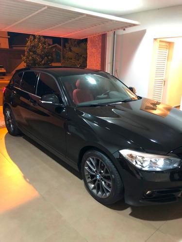 bmw 120i sport 2.0 - 2016 - preta c/ interior vermelho