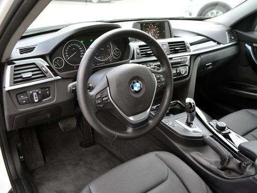 bmw 318 i lci 1.5 aut - executive 2016