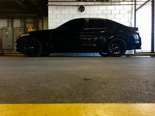 bmw 320i turbo - all black
