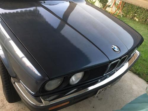 bmw 325e sedan 2 portas apto a placa preta r$ 120 000
