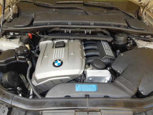 bmw 330i 3.0 litros, 6 cilindros em linha