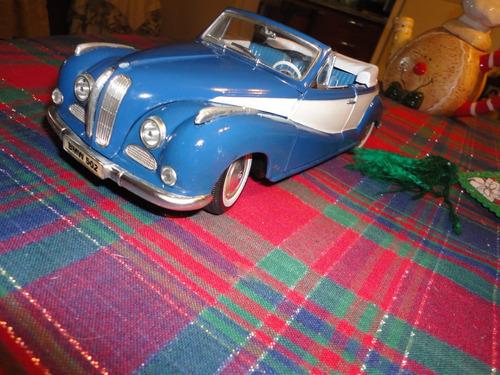 bmw 502. 1955 de maisto. customizado y alfombrado. belleza!