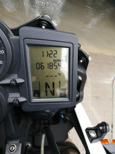 bmw - f 800 gs - 2011