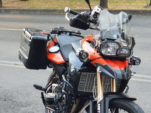 bmw  f800  2010   factura de agencia bmw  excelente estado!!