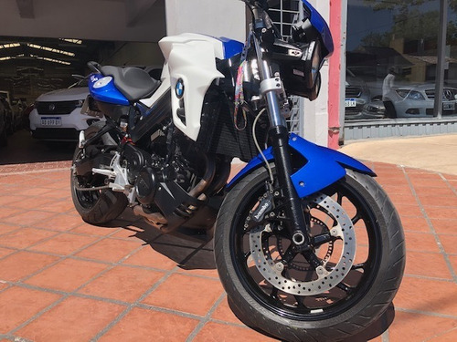 bmw f800r vtv 5,000 kms titular permuto auto impecable