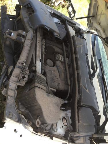 bmw serie 1 120i  2011 accidentado solo por partes