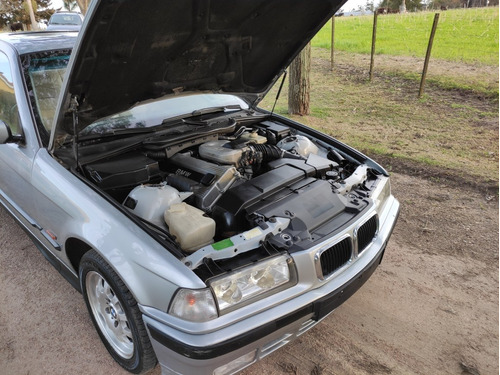 bmw serie 3 1.8 318s coupe 1998