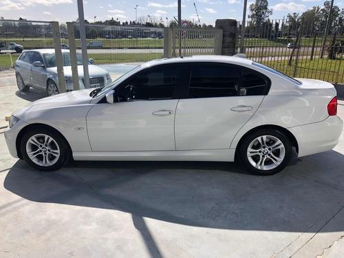 bmw serie 3 2.0 318i sedan executive 136cv 2011