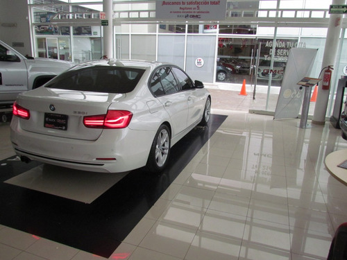 bmw serie 3 2.0 330ia sport line at blanco