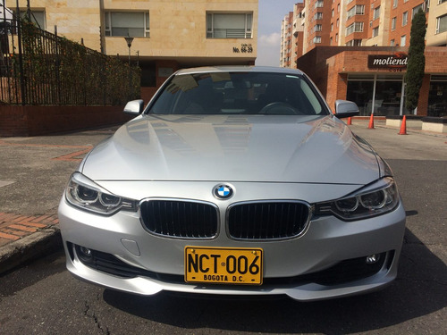bmw serie 3  2013  320i  at  2000 cc aa