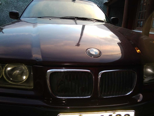 bmw serie 3 318 is 1.8 cc