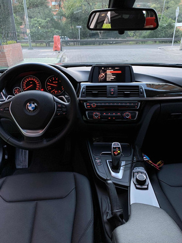 bmw serie 3 320i 2.0 t luxury